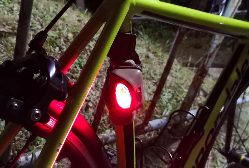 バイクアダプトをテールランプの代用として使用